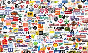 Коллаж из известных логотипов